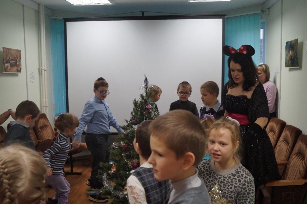 Новогоднее мероприятие для детей